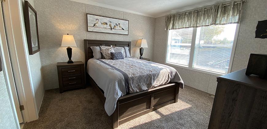 Astro Elite 3A2803-P Bedroom